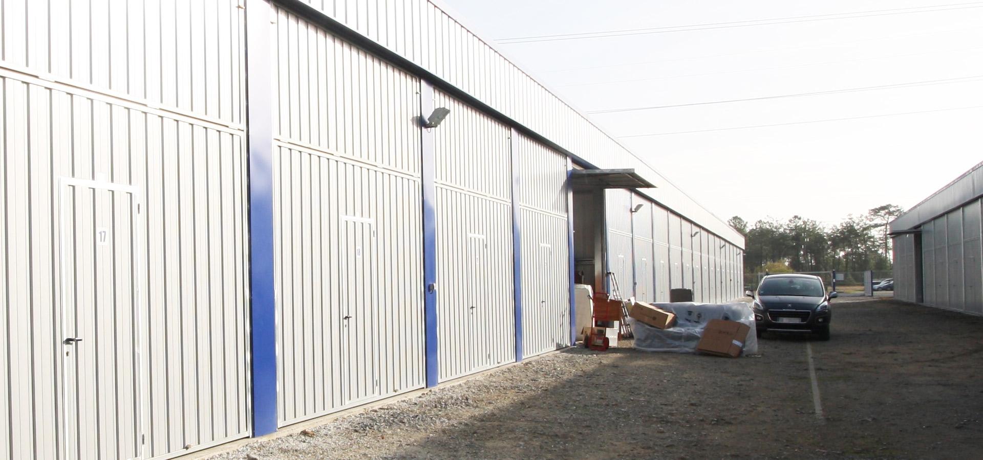 Location de box de stockage et garde-meubles dans les Landes
